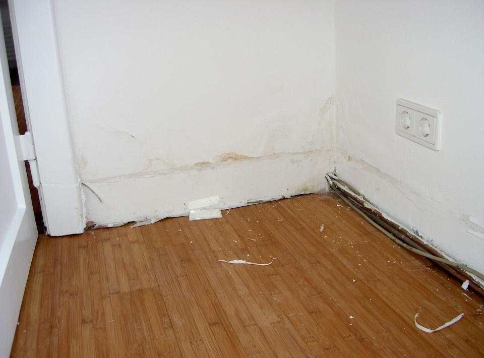 kellersanierung von aussen das wird schon wieder. Black Bedroom Furniture Sets. Home Design Ideas